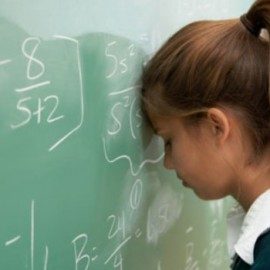Habilitação Escolar da Mãe e Desigualdades Socioeconómicas no Desempenho Escolar dos Filhos